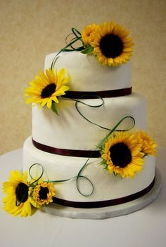country sunflower wedding cake - Google Search