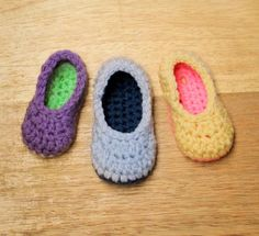 CROCHET PATTERN - Little Oma Slippers (6 sizes). $5.50, via Etsy.