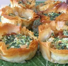 Spinach, ricotta, and feta quiche. Probably going to try this for tomorrow's party. :)