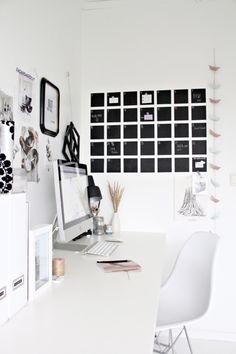 Home office  http://acoustic-garden.tumblr.com/post/11320519829/calendar-diy