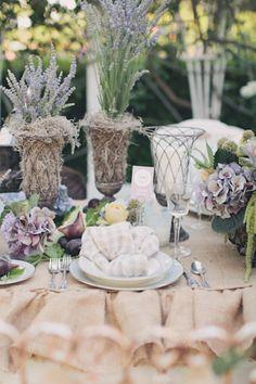 natural themed wedding table via www.frenchweddingstyle.com #wedding