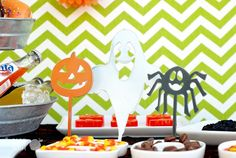 Pick Your Poison - Halloween Metal Stand Up Tabs 3 Pack #halloweendecor pickyourplum.com