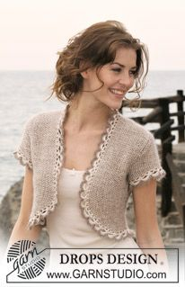 """DROPS bolero in seed st in """"Cotton Viscose"""" and """"Kid-Silk"""" with short sleeves and crochet borders. Size: S to XXXL ~ DROPS Design"""