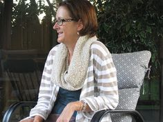 Chris Knits in Niagara: Oatmeal Mobius Cowl