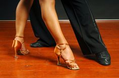 Google Image Result for http://www.leveldance.com/images/dance_pictures/private_dance_lesson.jpg