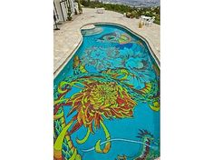 Intricate floral pool design. #tile #mosaic #architecture