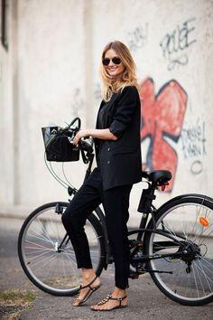 black outfits, bike rides, accessori, bicycl, personal style, street styles, sandal, fashion looks, bike style