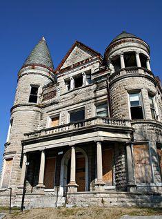Ouerbacker Mansion in Louisville, KY