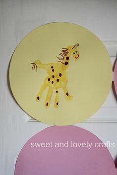 handprint giraffes