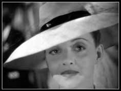 BetteDavis in 'Now Voyager' (1942)