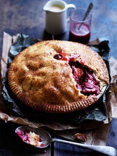 Apple rhubarb pie with cinnamon crust