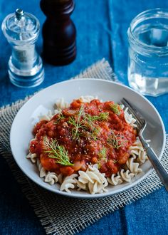 Slow Cooker Fennel Tomato Sauce over Zucchini Noodles