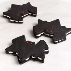Make These Adorable Bat Cookies for Your Halloween Party  #InStyle