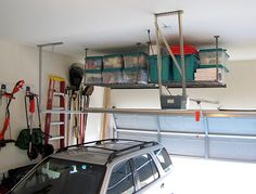 Imagine your Christmas/Holiday decorations organized this neatly?! A dream! Plus, that's the cleanest garage I've ever seen in my life!