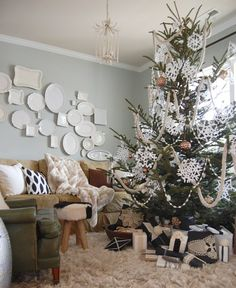 Nesting Place: Photos from our Better Homes & Gardens Christmas Ideas Photo Shoot in our Rental House