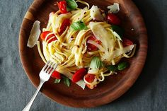 Martha Stewart's One-Pan Pasta on Food52. Substituting zucchini or sweet potato noodles for yucky refined pasta. Snap!