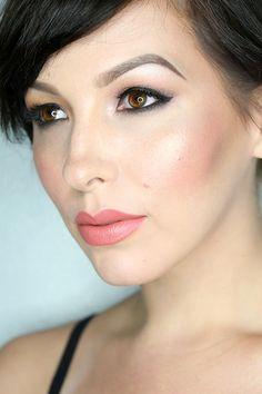 Burberry fall runway makeup collection