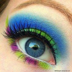 cool makeup dramatic makeup, colorful makeup, eye makeup, eyeshadow, blue green, makeup looks, clown makeup, bright colors, halloween