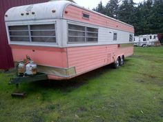 Yes, please! Vintage Holiday Rambler