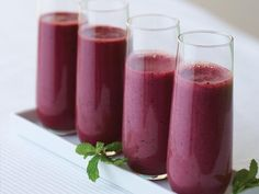 Brain-Boosting Smoothies: Blueberry Beet Almond Smoothie