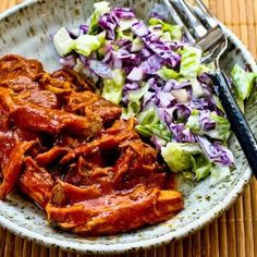 Slow-Cooker Pulled Pork with Low-Sugar Barbecue Sauce from Kalyn's Kitchen barbecue sauce, low sugar, brown sugar, crock pots, bbq sauces, sauce recipes, slow cooker recipes, pull pork, pulled pork