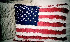..Twigg studios: ruffled felt ameican flag cushion (no sew) @Beth Nativ Hallman