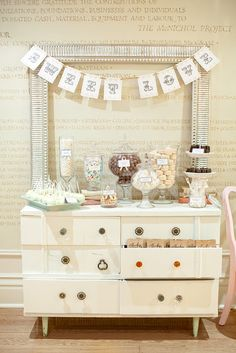 A very pretty dessert table for weddings.