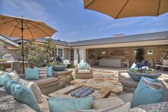 So much patio inspiration here.. Love the pool house and the color palette.