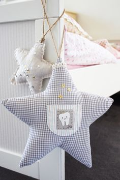 Twinkle Star Tooth Fairy Pillow for Kids tooth fairi, fairi pillow, ehow craft, tooth pillow, pillows for kids, twinkl star