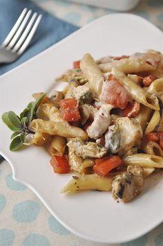 balsamic & pesto chicken pasta.