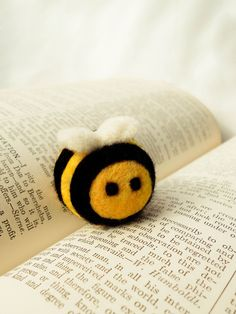 Buz the Bumble Bee wooly. It is needle felted from pure 100% wool. Why is this so cute? #bees