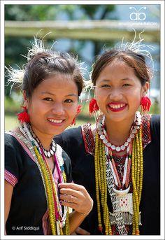India | Women photographed at the Solung Festival, Arunachal Pradesh, NE India | © Arif Siddiqui