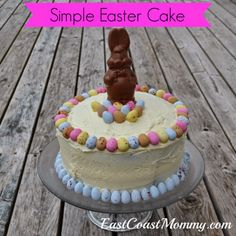 Easy Easter Cake... takes less than 10 minutes to decorate.