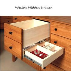 Hidden drawer, perfect for jewelry!