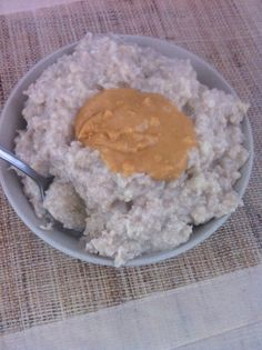 Delicious, Healthy Cake Batter Oatmeal Pudding- High #protein, #sugarfree and a #glutenfree option- A healthy start to your day!