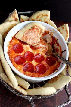 4-layer deep dish pizza dip w/flatbread