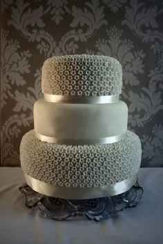 . gray weddings, chocolate fudge, tiered cakes, simple cakes, grey weddings, wedding cakes, silver weddings, little flowers, blossom