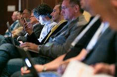 Attending an Industry Conference? How to Find the Right Conference-Twitter Balance