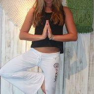 Mora Girls / Yoga Pants via <3DD moragirls.com