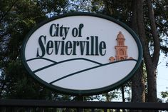 Visit the beautiful city of Sevierville on your next trip to the Smokies. #Sevierville #attractions #fun #family #whattodo #vacation #Tennessee