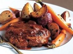 If you are looking for a hearty meal to feed your family that requires minimal work, try making this recipe for Slow Cooker Salisbury Steak. This easy Salisbury steak is the perfect main course to serve alongside roasted or mashed potatoes.  | AllFreeSlowCookerRecipes.com