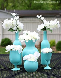 Perfect idea for old vases! Easy, Inexpensive Centerpiece Ideas {Spray Painted Vases} @Tonya Seemann @ Love of Family & Home