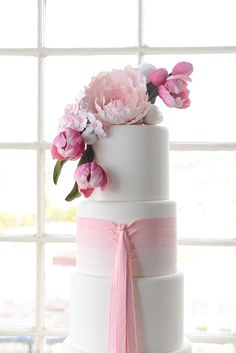 Pink ombre wedding cake | Anna Gleave Photography | see more on: http://burnettsboards.com/2014/05/pink-ombre-wedding-whimsical-details/ #wedding #cake