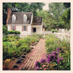 Home Garden Colonial Williamsburg Virginia