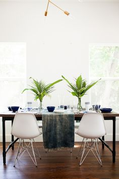 indigo  white table setting