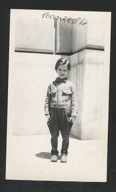 Tommy Rettig was chosen from over 500 other boys to play Lassie's 11 year old mid-western owner, Jeff Miller.