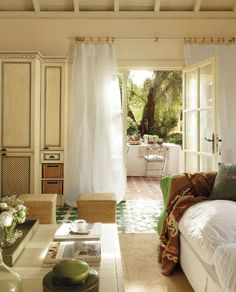 A charming cottage with a fairy tale-like décor