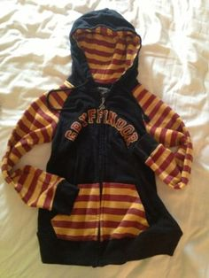 Harry Potter Gryffindor Hoodie SM- Hot Topic