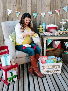 Book Themed Baby Sprinkle Shower Ideas : Home Improvement : DIY Network