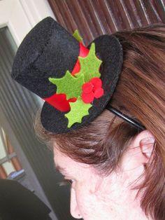 Torno con un cappellino natalizio - Annaelle